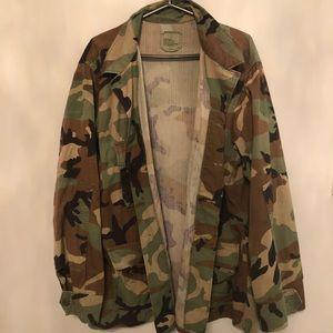 Jackets & Blazers - Vintage Camo Jacket